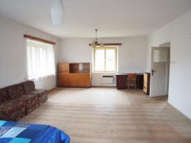 PA270052.JPG (Prodej rodinného domu, Milevsko - Velká u Milevska), foto 3/21