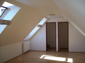 111_2061 (Prodej, rodinný dům, 381 m2, Bečov nad Teplou), foto 3/37