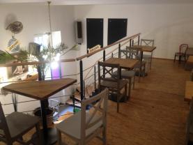 6 (Prodej, kavárna, 57 m2, Praha 8 - Karlín), foto 4/10