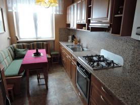 Prodej, byt 3+1, 72 m2, Bystřice
