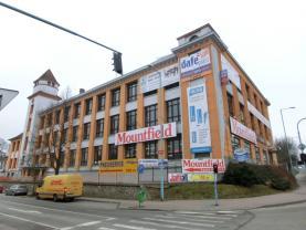Pronájem, obchodní prostory, 170 m2, Pelhřimov