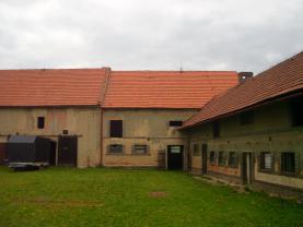 IMG_0247 (Prodej, rodinný dům, 13 + 1, 2227 m2, Milostín), foto 2/44