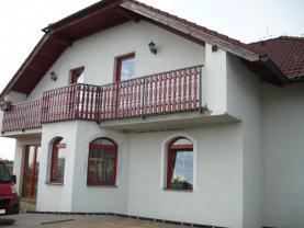 Prodej, rodinný dům 6+1 s výrobní halou, 3243 m2, Doubek
