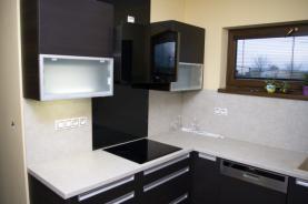 Prodej, rodinný dům 7+2, 2386 m2, Loděnice