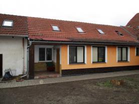 Prodej, rodinný dům 8+2, 774 m2, Rajhradice