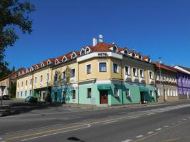 DSCN1328 (Prodej, hotel, 1085 m2, Praha 9 - Prosek), foto 2/8