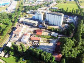 Prodej, komerční areál s rodinným domem, 29300 m2, Jičín