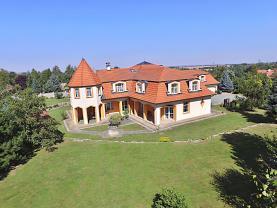 Prodej, vila, 4343 m2, Říčany (Prodej, vila, 4343 m2, Říčany), foto 2/50