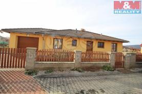Prodej, rodinný dům 4+1, 1125 m2, Hostomice