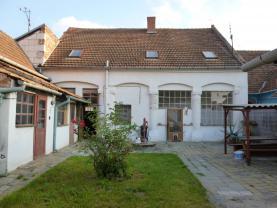 Prodej, rodinný dům 5+2, 337 m2, Modřice