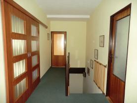 Chodba v patře (Prodej, rodinný dům, 123 m2, Perštejn, ul. Hlavní), foto 4/48