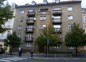Prodej, byt 2+1, 63 m2, OV, Karlovy Vary, ul. Dr. D. Bechera