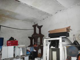 pohled na vnitřek budovy (Prodej, komerční objekt, Ústí nad Labem), foto 3/7