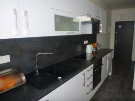 Prodej, byt 3+1, 74m², Karlovy Vary