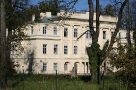 Prodej, zámek, Hnojník, okr. Frýdek - Místek