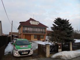 Prodej, rodinný dům 7+1, 190 m2, Katov