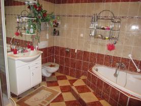 IMG_5184 (Prodej, rodinný dům 8+2, 1200 m2, Žacléř), foto 4/33