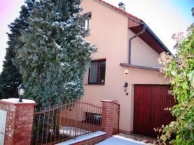 Prodej, rodinný dům 7+1, 400 m2, Kunice