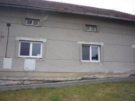 Prodej, rodinný dům 3+1, Charváty - Drahlov