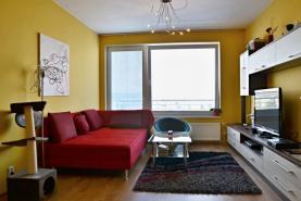 obývací pokoj (Pronájem, byt 2+kk, 55 m2, Praha 9, ul. Nademlejnská), foto 2/15