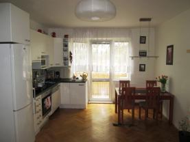 Prodej, byt 3+kk, 81 m2, Kuřim, ul. Školní