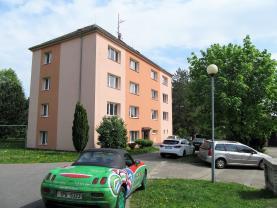 Před domem (Prodej, byt 3+1, garáž, Nový Bor, ul. Skalická), foto 3/22