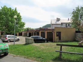 Garáž před domem (Prodej, byt 3+1, garáž, Nový Bor, ul. Skalická), foto 4/22
