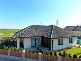 Prodej, rodinný dům, 642 m2, Šestajovice