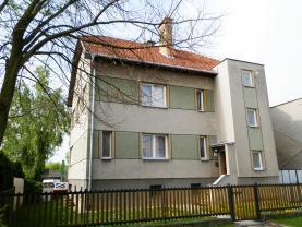 Prodej, rodinný dům 2+1 a 3+1, Kroměříž, Vážany
