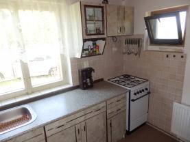 Kuchyně 1 (Prodej, chata 4+1, 921 m2, Malý Chlumec), foto 2/33