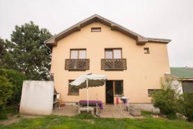 Prodej, rodinný dům 6+2, 397 m2, Velké Popovice