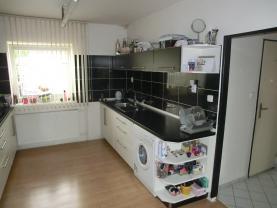 CIMG3092 (Prodej, rodinný dům 4+1, 394 m2, Bruntál, ul. U Potoka), foto 2/12