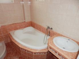 P7020077 (Prodej, byt 2+1, 54 m2, Kraslice, ul. Čs. armády), foto 2/20