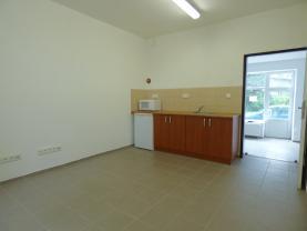 Pronájem, obchodní prostor, 100 m2, Benešov