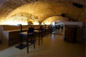 Pronájem, komerční prostory, 140 m2, Poděbrady