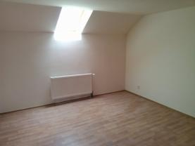 Pronájem, byt 1+kk, 13 m2, Jesenice u Rakovníka