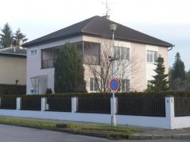 Pronájem, funkcionalistická vila 4+2, 838 m2, Prostějov