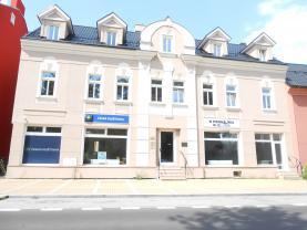 Pronájem, obchodní prostor, 88 m2, Karlovy Vary