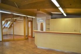 Pronájem, komerční prostory, 120 m2, Zlín, ul. Kvítková