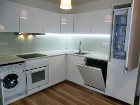 CIMG8101 (Prodej, byt 3+1, 64 m2, Ostrava - Zábřeh, ul. Výškovická), foto 3/27