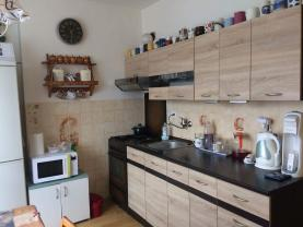 Kuchyně (Prodej, byt 3+1, 76 m2, Brno - venkov, Předklášteří), foto 3/12