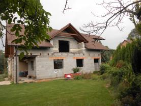 Prodej, rodinný dům 6+2, 1450 m2, Labětín, ul. K Labi