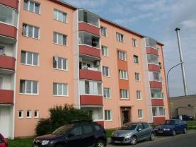 Prodej, byt 3+1, 62 m2, Uničov, ul. Bratří Čapků, OV