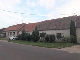 Prodej, rodinný dům 3+1, 1499 m2, Strachotice - Micmanice