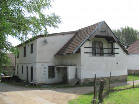 Prodej, rodinný dům, 5499 m2, Předslavice