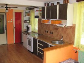 IMG_0683 (Prodej, rodinný dům, 5499 m2, Předslavice), foto 2/15