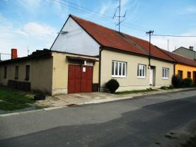 Prodej, rodinný dům, 563 m2, Blažovice