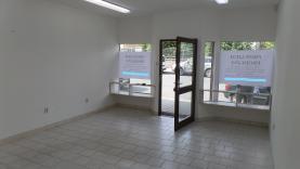 Pronájem, komerční prostory, 31 m2, Vlašim