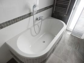P3220012 (Prodej, byt 2+kk, 59 m2, Františkovy Lázně, ul. Anglická), foto 3/37