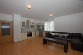 (Prodej, byt 3+kk, 75 m2, Drahovice, ul. Waldertova), foto 2/33